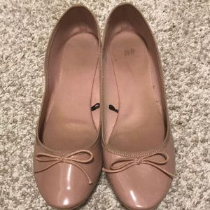 H&M patent faux leather flats size 8